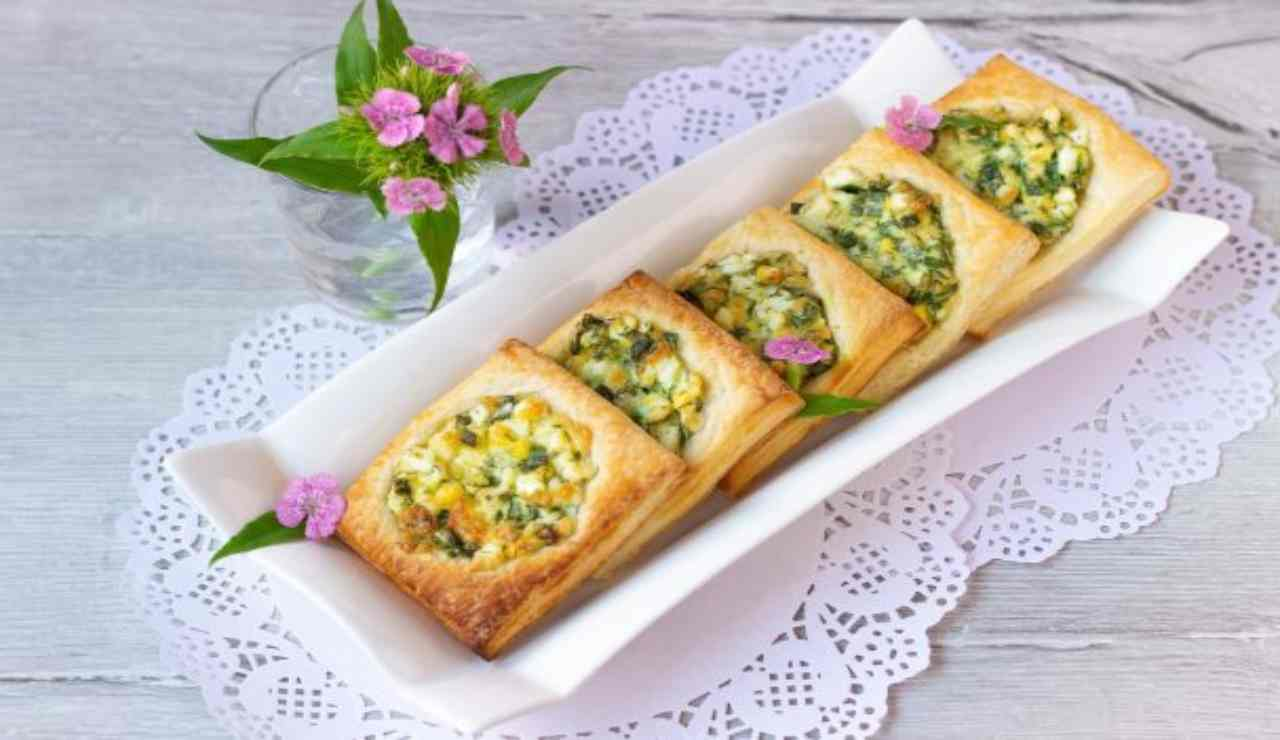 Cestini di sfoglie con besciamella e zucchine