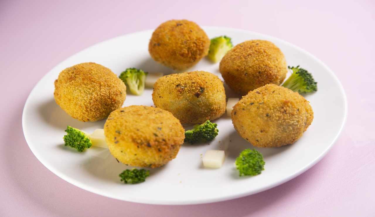 Crocchette di broccoli AdobeStock