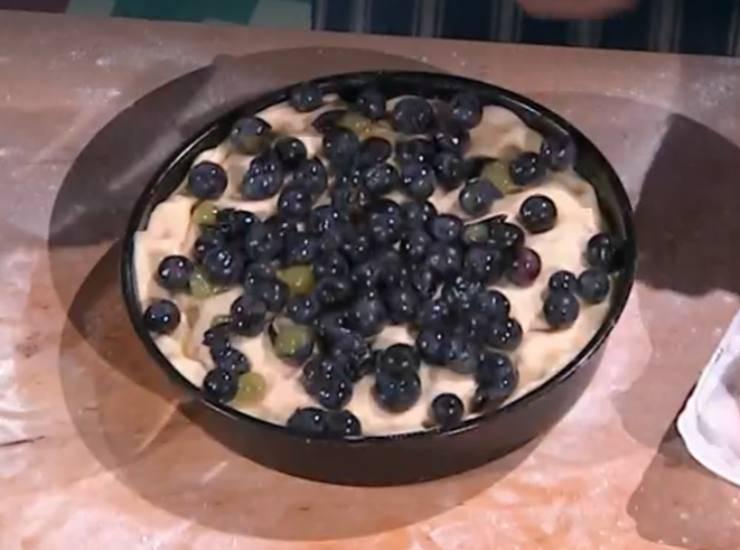 E' sempre mezzogiorno | Ricetta del panificatore Fulvio Marino | Focaccia dolce all'uva