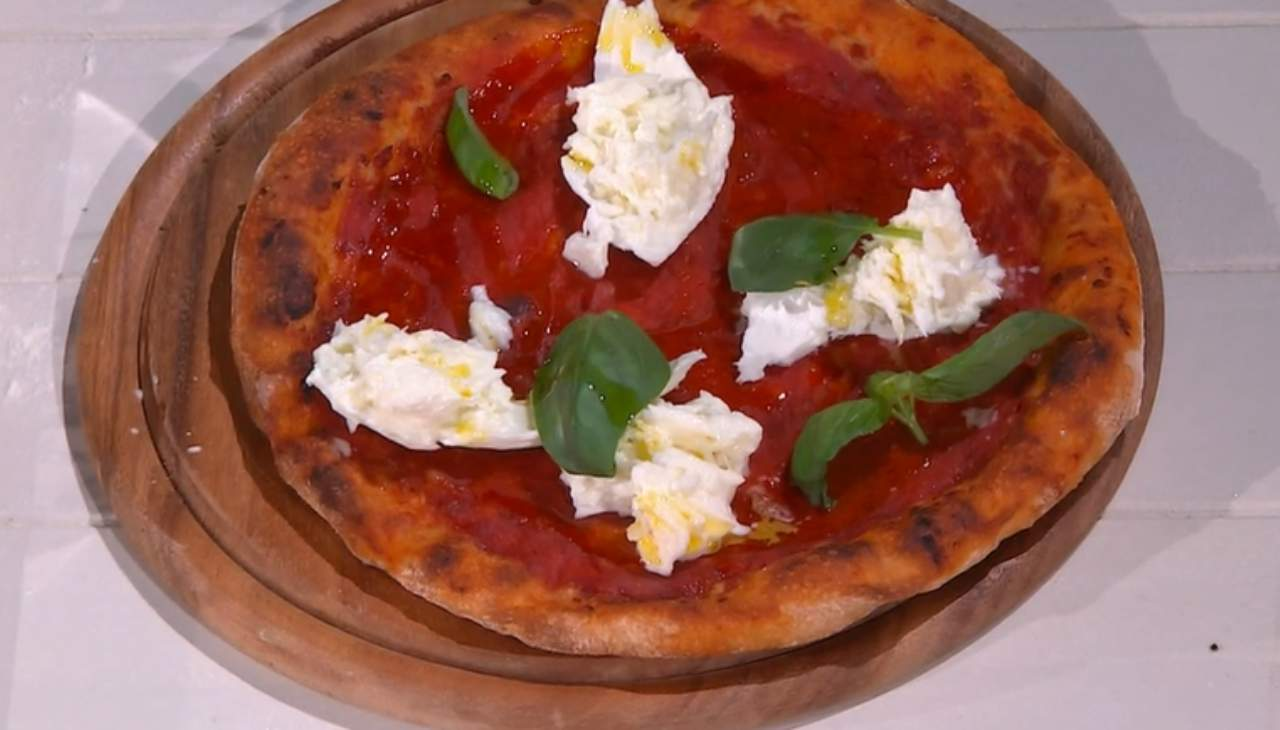 E' sempre mezzogiorno | Ricetta del panificatore Fulvio Marino | Pizza Italia