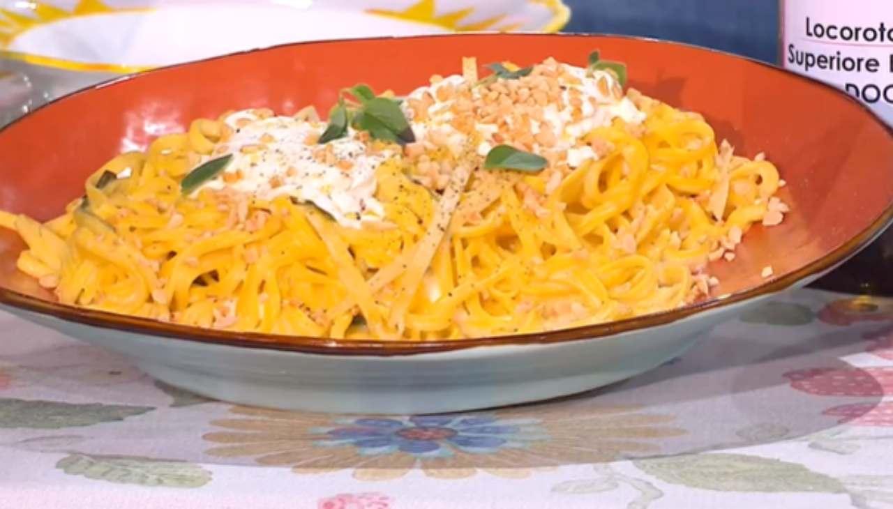 E' sempre mezzogiorno | Ricetta della chef Antonella Ricci | Spaghettoni salentini