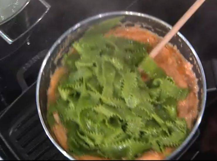 E' sempre mezzogiorno | Ricetta dello chef Daniele Persegani | Reginette verdi