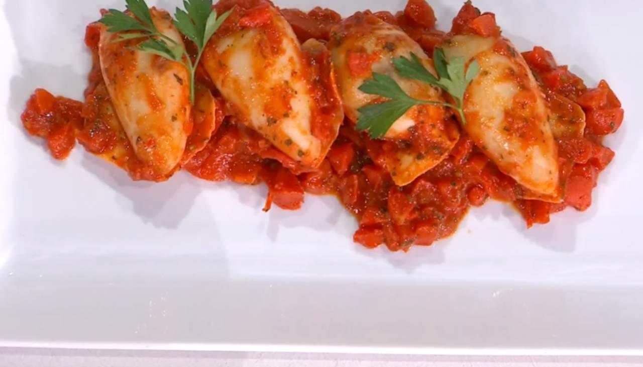 E' sempre mezzogiorno | Ricetta dello chef Michele Farru | Calamari ripieni