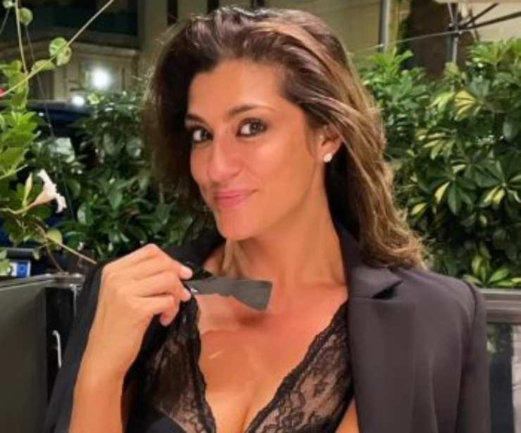 Elisa Isoardi spaventosamente forte - RicettaSprint
