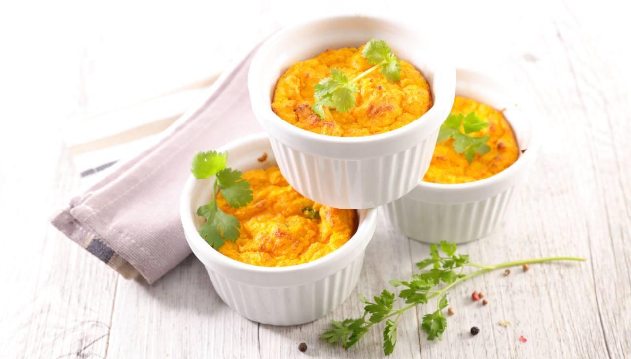 Contorno di verdure con formaggio e uova