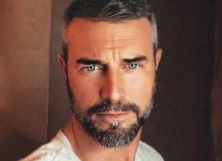 Flavio Montrucchio Provaci ancora prof - RicettaSprint
