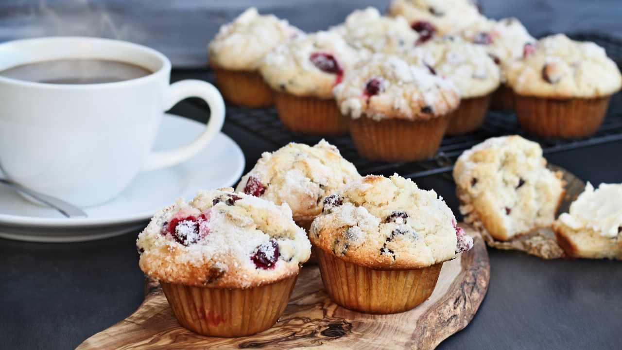 Muffin ciliegie e cocco