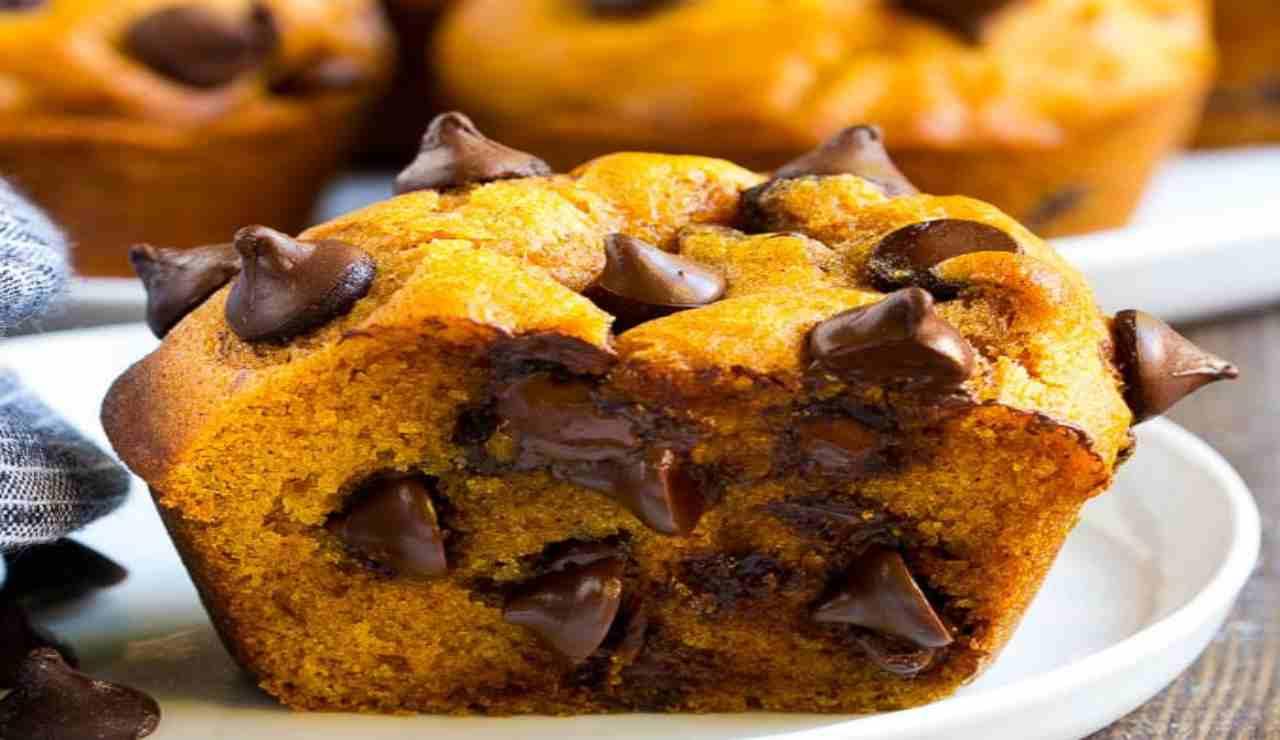 Muffin di zucca allo yogurt e cioccolato