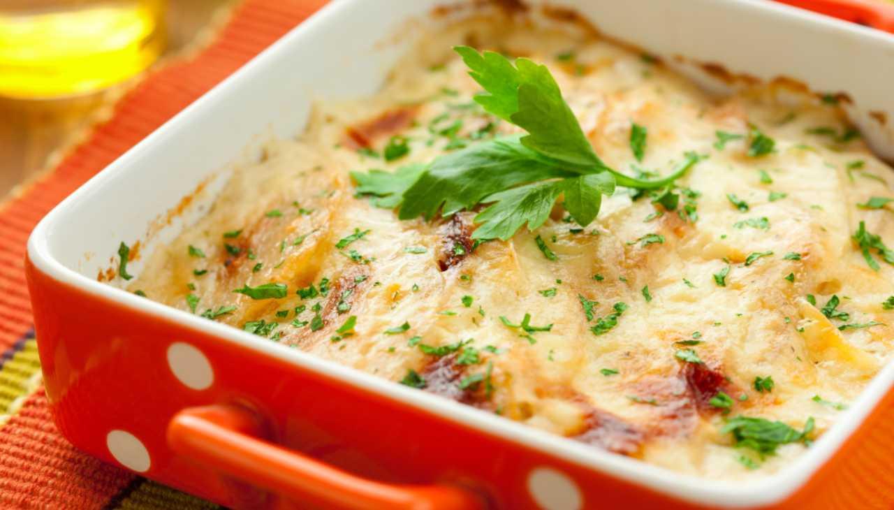 """""""Lasagne"""" di patate farcite e cotte al forno"""