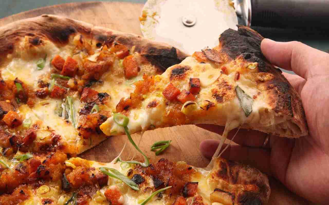 pizza cavolfiore zucca funghi ricetta FOTO ricettasprint