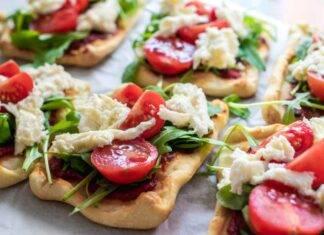 Pizzette con salame rucola