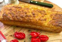 Plumcake di tonno peperoni e caciotta AdobeStock