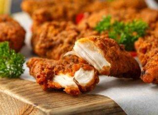 Pollo fritto in friggitrice ad aria con maionese