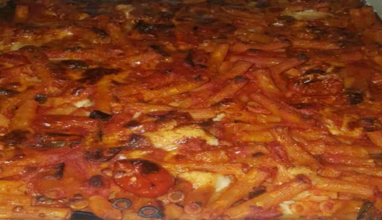 Sedanini al forno con melanzane e mozzarella