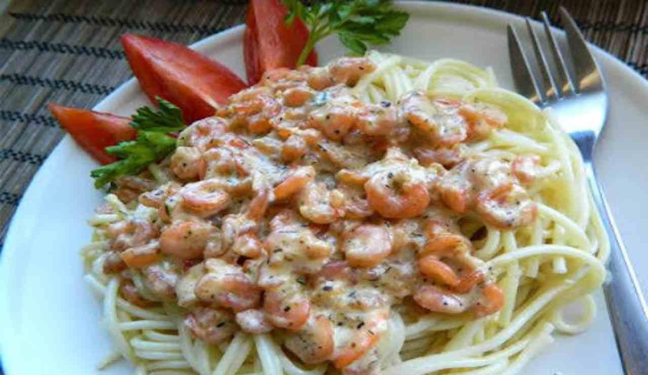 Spaghetti con mascarpone gamberetti