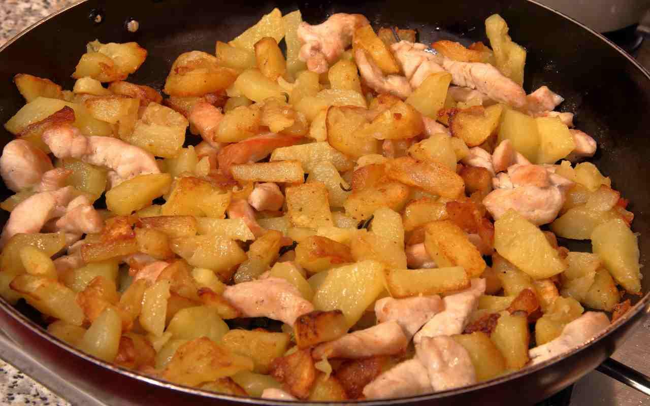 straccetti pollo patate ricetta FOTO ricettasprint