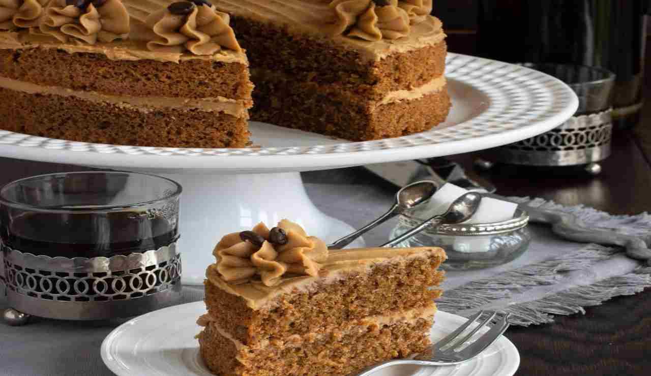 Torta al caffè profumata di vaniglia