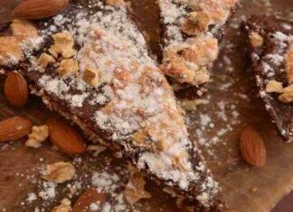 Torta morbida al cioccolato ricotta noci e mandorle