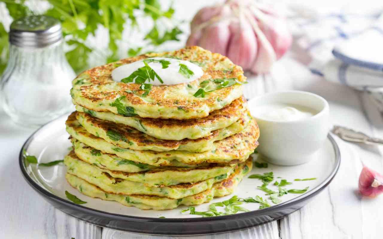 tortino zucchine stracchino frittelle ricetta FOTO ricettasprint