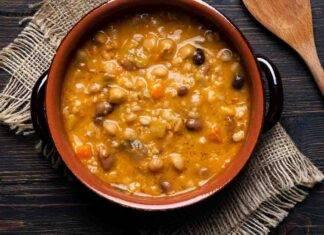 zuppa di ceci castagne e zucca