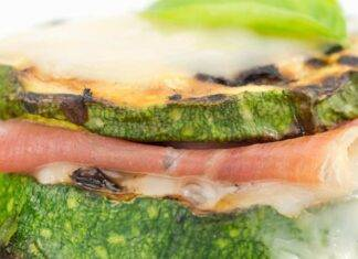 Rondelle di zucchine farcite con affettato e formaggio