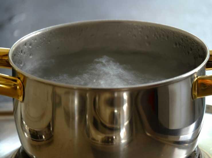 acqua bollente