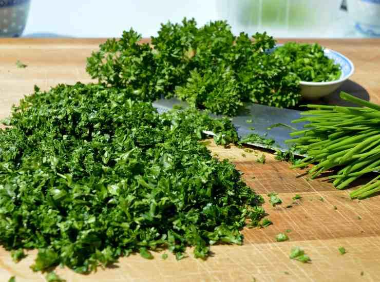 Zucchine profumate e infarinate al forno ricetta