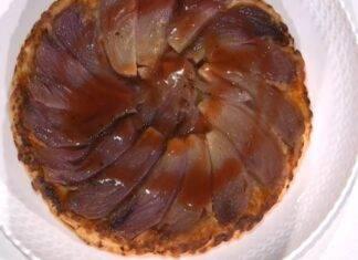 E' sempre Mezzogiorno | Ricetta espressa della chef Zia Cri | Torta di cipolle caramellate