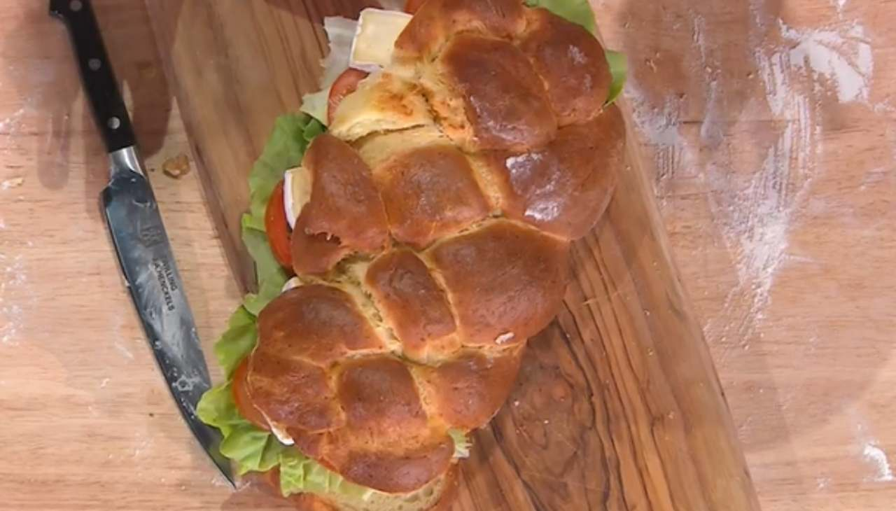E' sempre mezzogiorno | La ricetta della chef Romana Bacarelli | Treccia di patate
