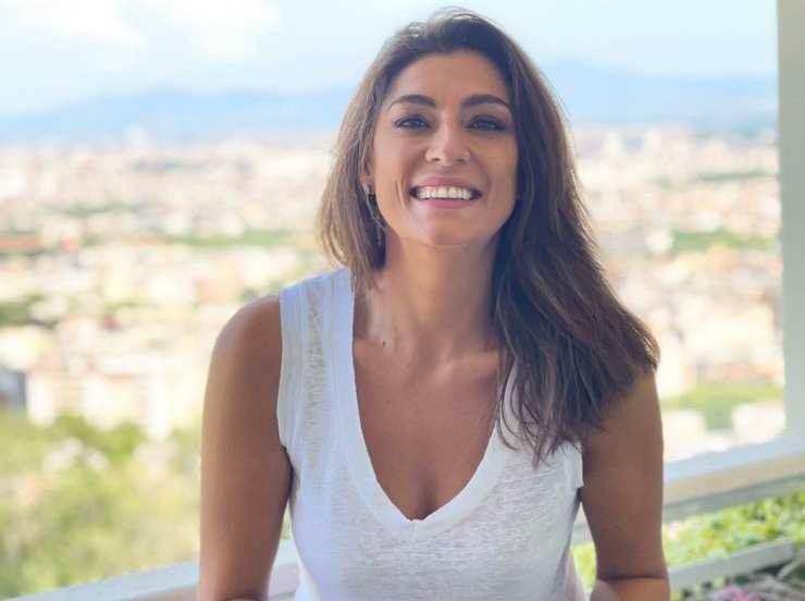 Elisa Isoardi bacio fidanzato - RicettaSprint