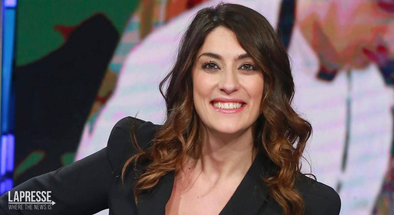 Elisa Isoardi sottoveste - RicettaSprint