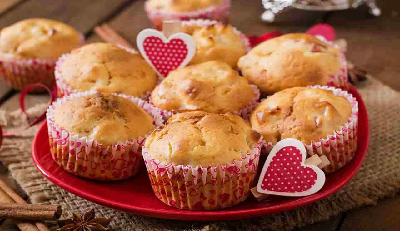 Muffin dal cuore morbido di crema  AdobeStock