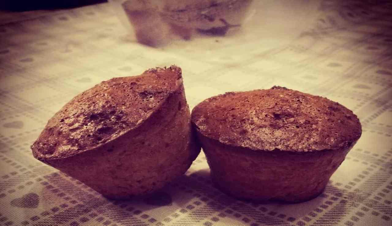 Muffin light alla crusca con cioccolato