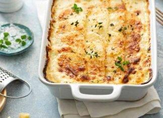 Parmigiana di patate con affettato e parmigiano