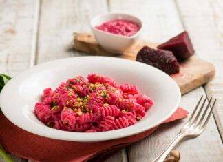 pasta pesto barbabietole ricetta FOTO ricettasprint