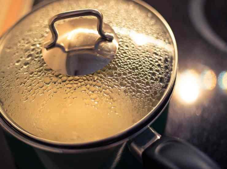 Pasta con crema di ceci e prosciutto crudo FOTO ricettasprint