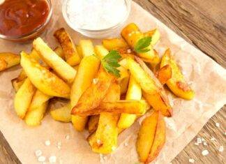 Patatine fritte perfette trucchi e ricetta per farle croccanti ed asciutte ricettasprint