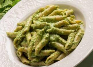 Pasta con zucchine frullate