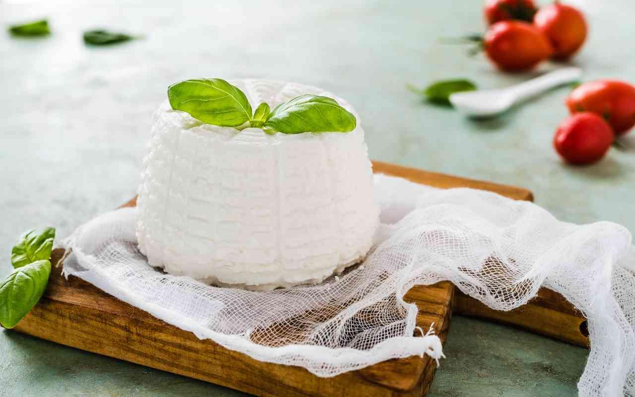 ricotta latte mandorla ricetta FOTO ricettasprint