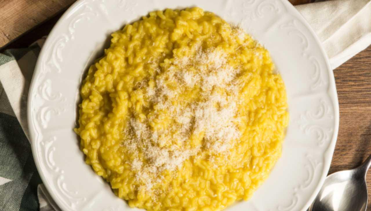 Risotto con formaggio e spezie