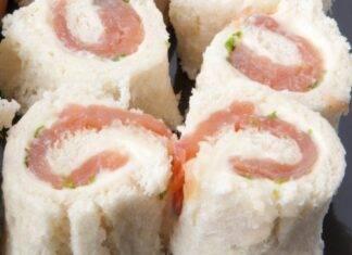 Finger food salmone pane