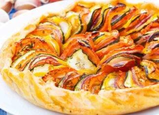 Torta salata di pasta frolla con verdure