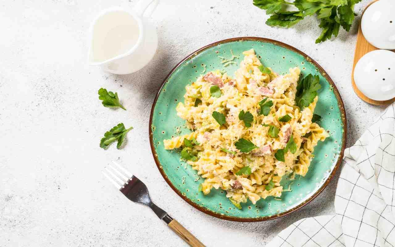 zucchine carbonara ricetta FOTO ricettasprint